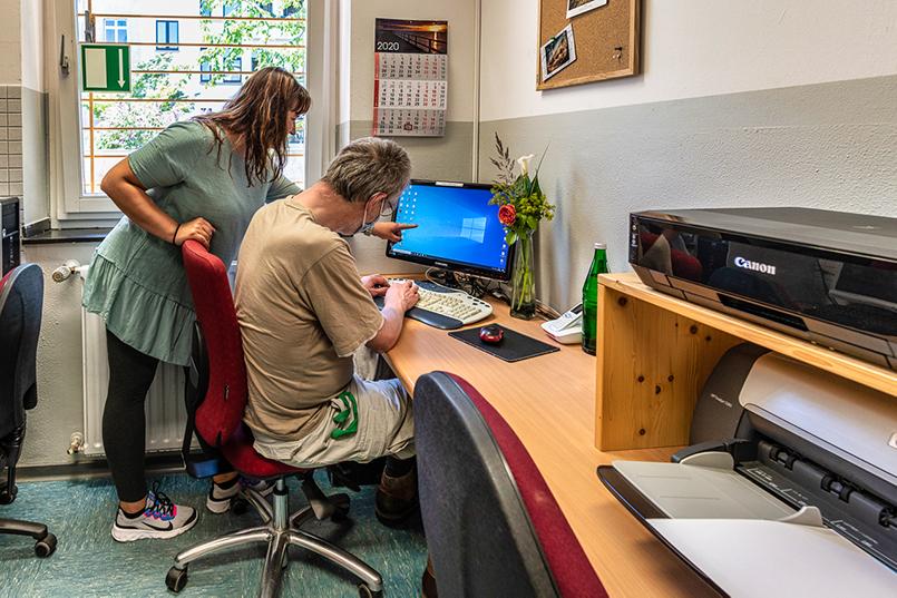 Büroarbeiten Luise-Maassen-Haus Koeln